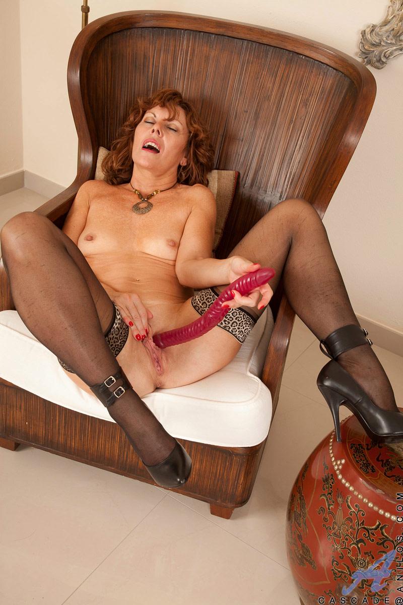 Mature Women British Horny#4