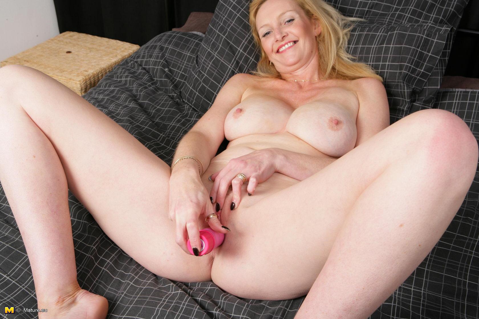 Breast shania twain hot