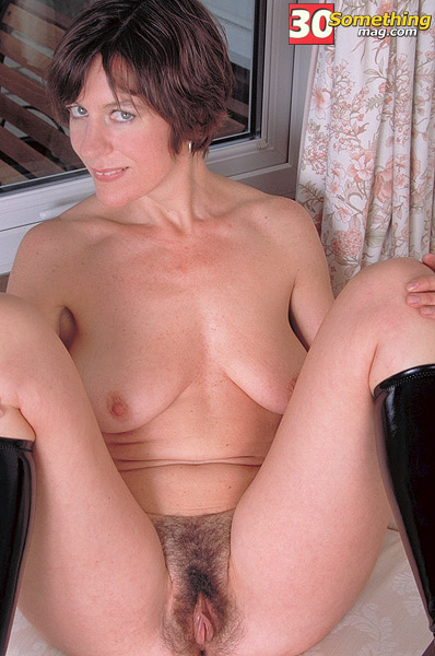 In lady mature pantie