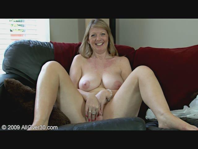 British Milf Cindy 100
