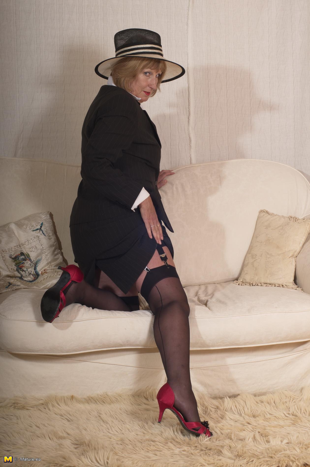 British milf lara latex introduces her website - 3 part 3