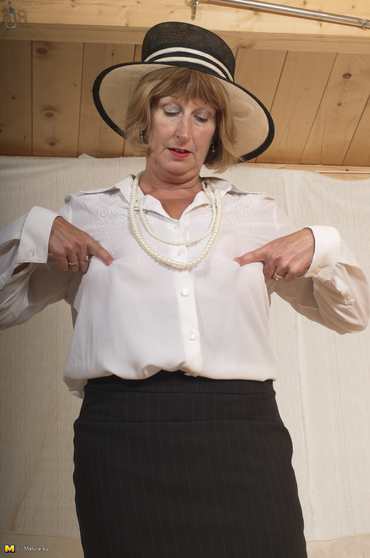 Vintage british mature rosemary 1